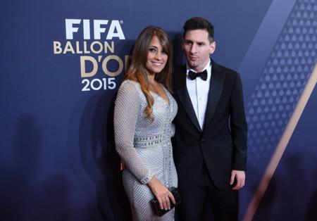Las mujeres de los futbolistas en la alfombra roja del Balón de Oro 2015, ¿les damos el ok?
