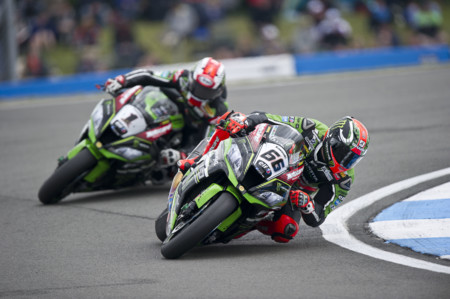 SBK Donington, el terrible accidente en el CEV y la 500cc 2 tiempos del Tourist Trophy