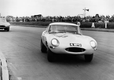 Jaguar E-Type 'Lightweight': tras el verano, finalizará un proyecto interrumpido en 1964