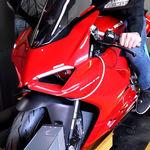 Ducati Panigale V4 R versus V2: las de Borgo Panigale enfrentadas en el banco de potencia
