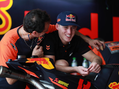 Malas noticias: una lesión impide a Pol Espargaró ir a los test de MotoGP en Tailandia