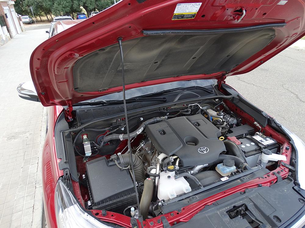 Foto de Probamos el Toyota Hilux, interiores con todas las imágenes (38/39)