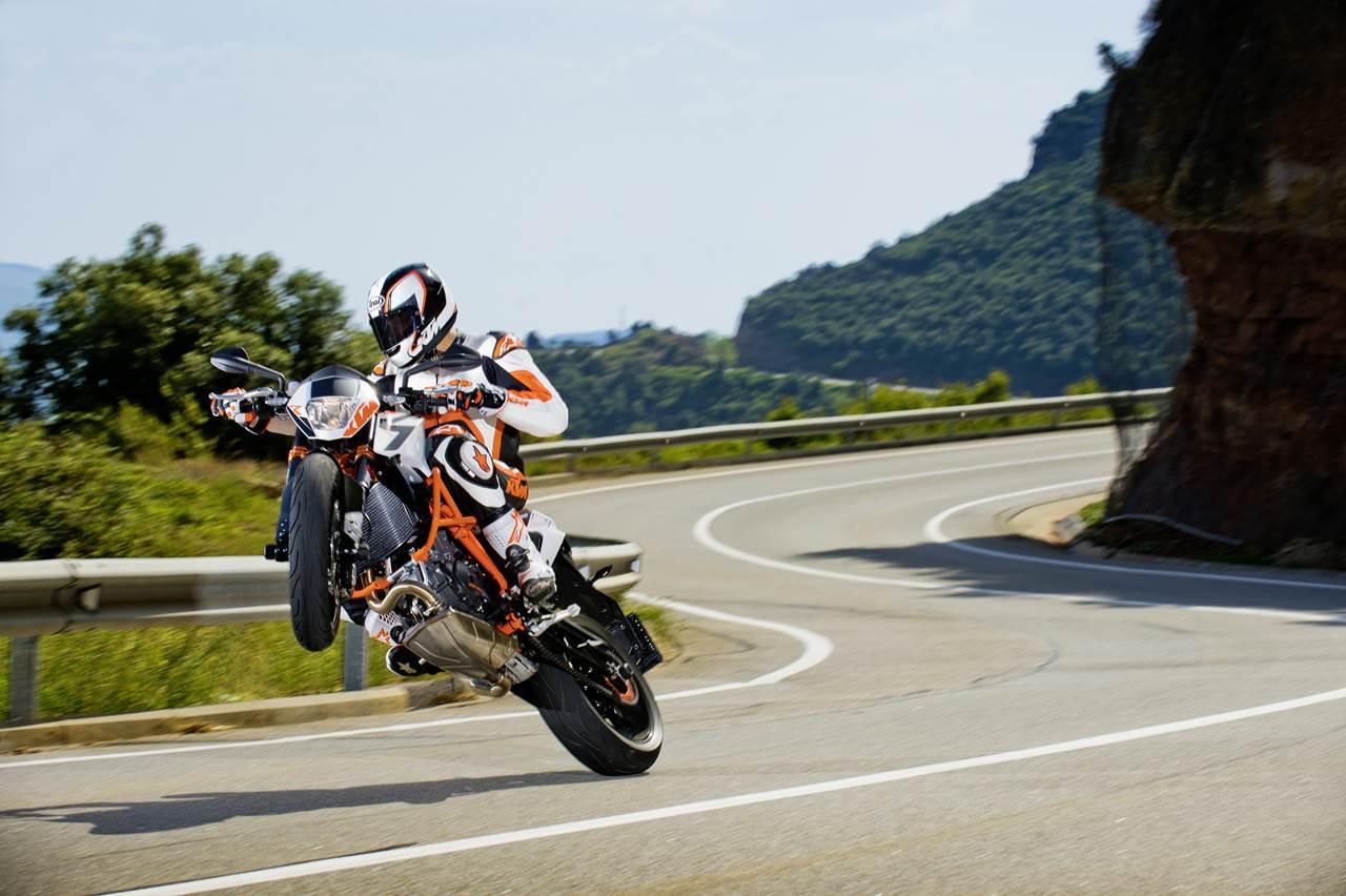 Foto de Salón de Milán 2012: KTM 690 Duke R, aun más erre (5/16)