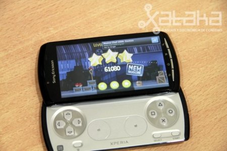 angry-birds-xperia-play.jpg