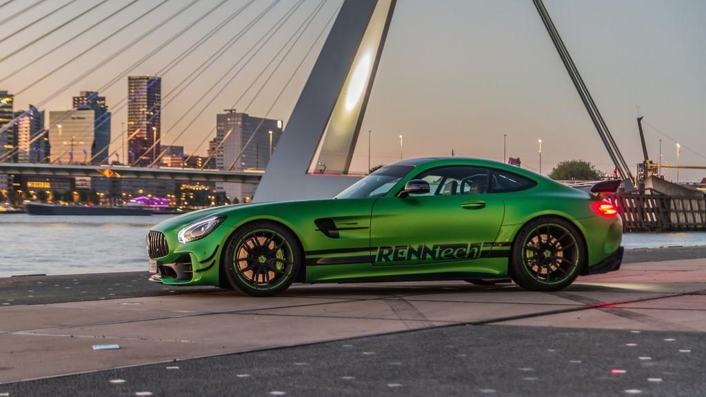Renntech Mercedes-AMG GT R825