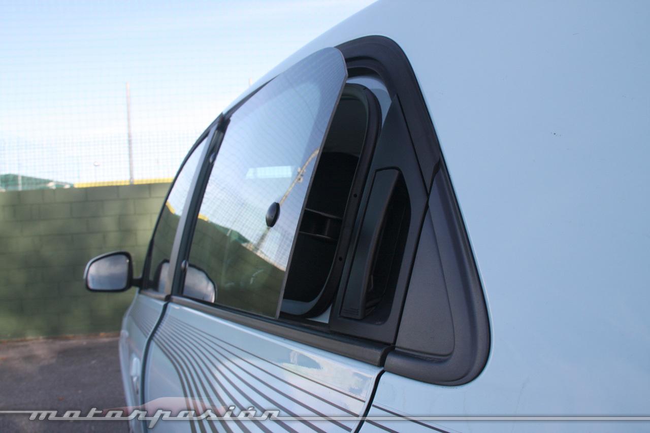 Foto de Renault Twingo SCe 70 CV Zen (42/47)