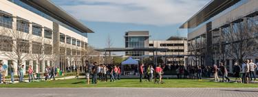 Apple reducirá el ritmo de nuevas contrataciones en determinadas áreas tras el bajón del iPhone