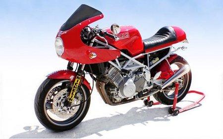 Yamaha TRX 850 Café Racer ¿Te gusta esta más o la original?