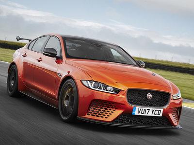 ¡Espectacular! Así es el Jaguar XE SV Project 8, una brutal berlina de 600 CV pensada para circuito