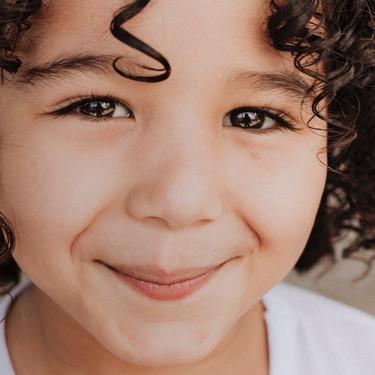 Tics nerviosos en los niños: por qué aparecen y qué tipos hay