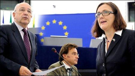 """La """"ministra"""" europea del Interior firma otra alianza con EE.UU. y le dice a Assange que debe ir a Suecia"""