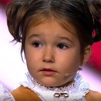 Bella, la niña rusa que con apenas cuatro años habla siete idiomas