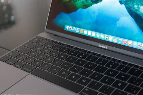 El lanzamiento del nuevo MacBook Pro le da el adiós definitivo a los teclados con mecanismo de mariposa