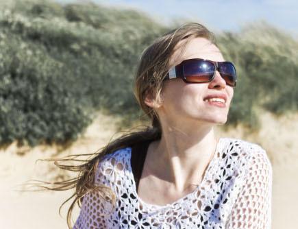 Protege tus ojos del sol. Operación bikini