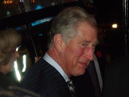 """El príncipe Carlos de Inglaterra """"odia"""" las motos"""