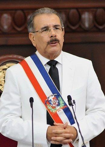 """El presidente de la República Dominicana """"veta"""" el impuesto a las compras por Internet"""