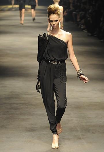 Foto de Lanvin, Primavera-Verano 2010 en la Semana de la Moda de París (8/15)