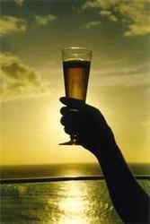 Mantén la cerveza fría poniéndola al sol