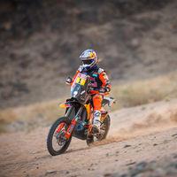 ¡El campeón ya está aquí! Toby Price arrasa en el Dakar y solo la Honda de Ricky Brabec le aguanta el tirón