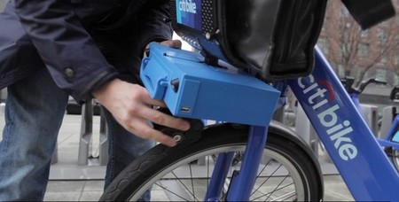 ShareRoller, el maletín que electrifica la bicicleta compartida