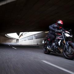 Foto 7 de 38 de la galería triumph-street-triple-r-2020 en Motorpasion Moto