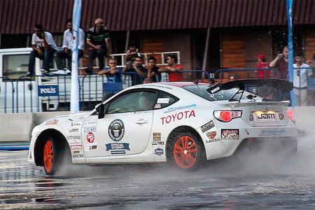 El Toyota GT86 bate un nuevo récord mundial de drifting
