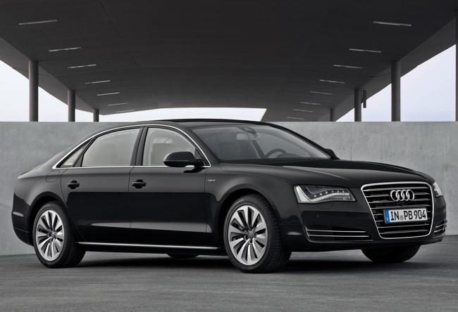 Audi A8 L hybrid negro