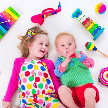 Juguetes educativos musicales: las cinco grandes ventajas que aportan al desarrollo de los niños