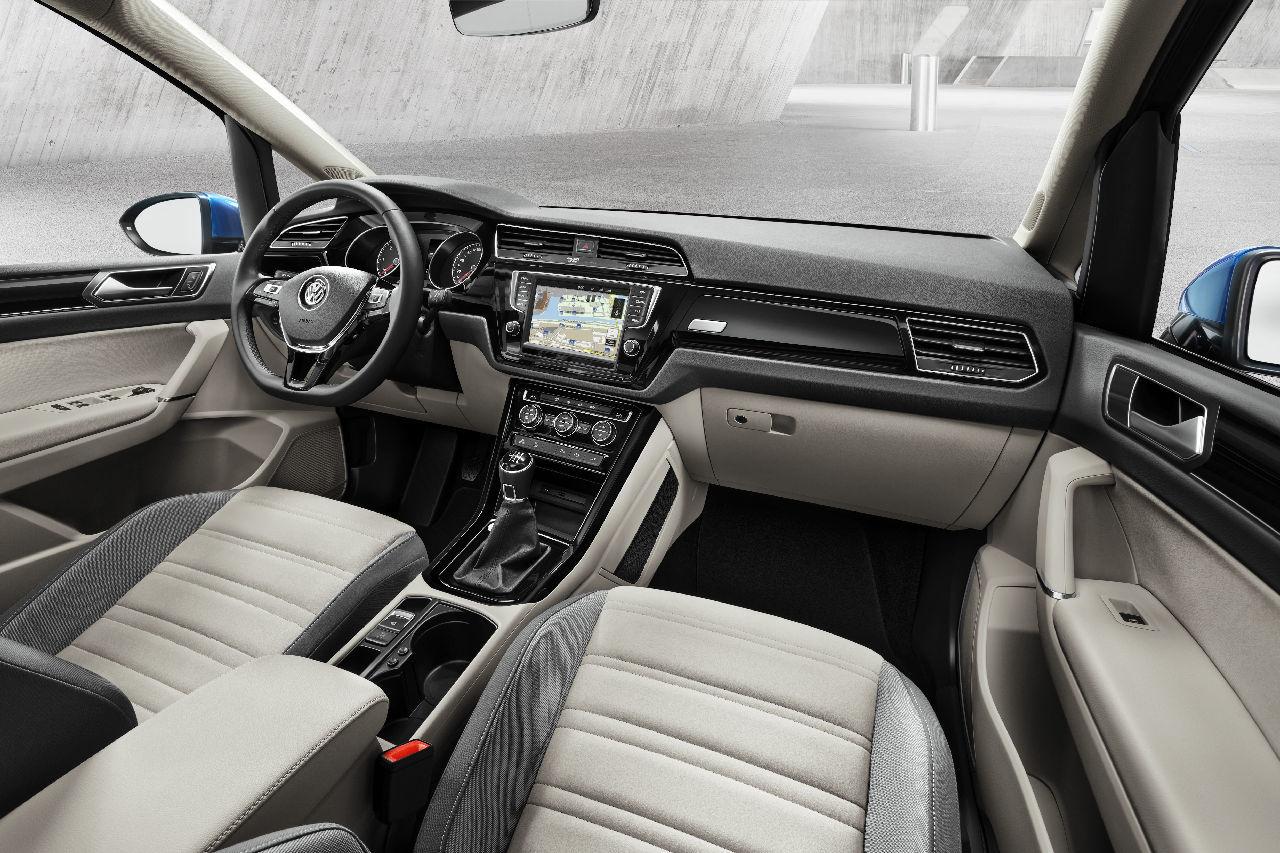 Foto de Volkswagen Touran 2015 (15/20)