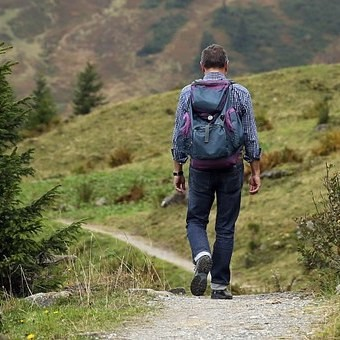 Mantente activo durante las vacaciones: seis actividades y deportes al aire libre para disfrutar de la Semana Santa
