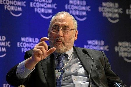 Principios y pautas para la reducción del déficit del profesor Stiglitz
