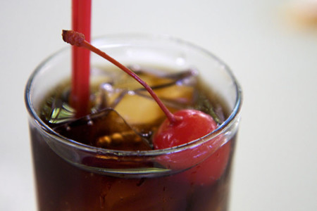 Las bebidas dietéticas ayudan a aumentar de peso