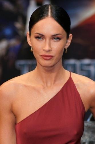 El contra-estilo de Megan Fox: Mamá, de mayor quiero ser choni, cejas