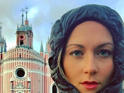 Tiene 27 años y está por convertirse en la primera mujer en visitar todos los países de planeta