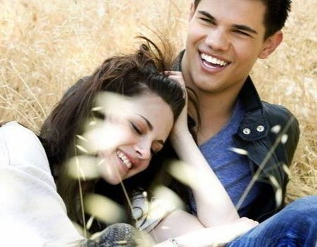 Bella y Jacob, los nombres más populares del año