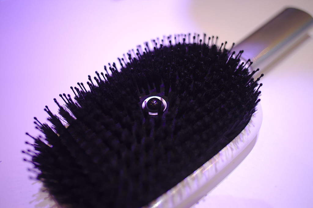 Hair Coach Smart Hair Brush