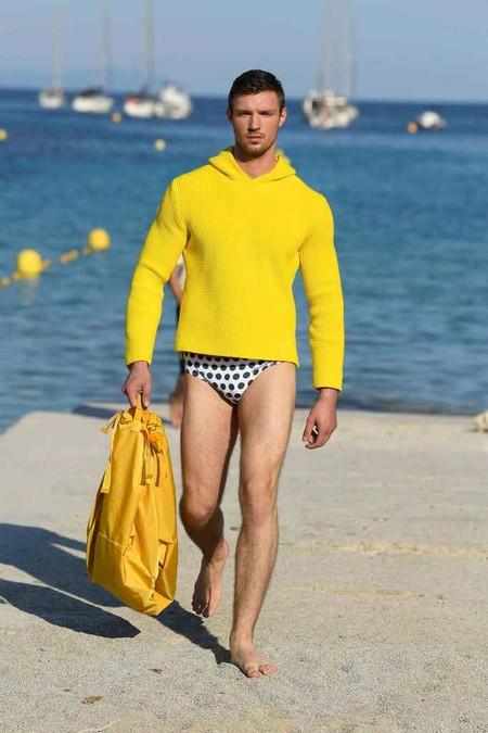 Jacquemus Mens Spring Summer 2019 Paris Fashion Week 014