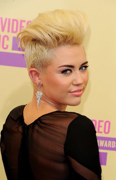 Los cambios de look más radicales de las celebrities en 2012 (I)