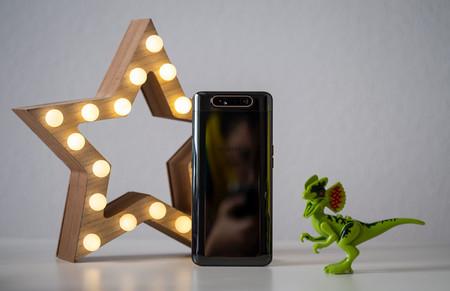 Samsung Galaxy A80 Trasera 02