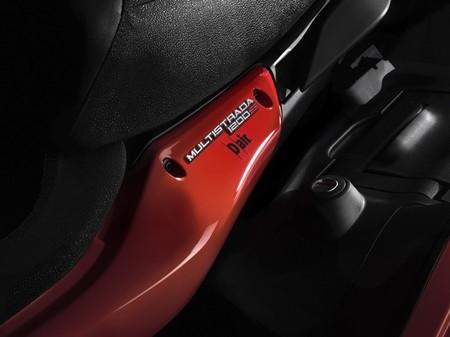 Ducati Multistrada D-Air, primera motocicleta con sistema wireless para chaquetas con airbag