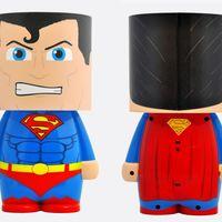 El Hombre de Acero iluminará tu habitación con esta lámpara LED Look-Alite de Superman por 10,35 euros