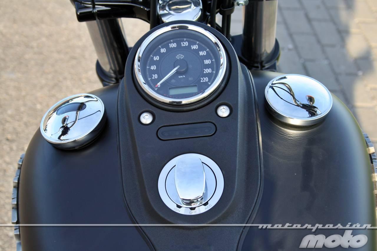 Foto de Harley Davidson DYNA Street Bob, prueba (valoración, ficha técnica y galería) (20/35)