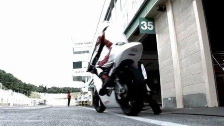 Honda NRS250, por fin vemos en acción la Moto3 de Honda