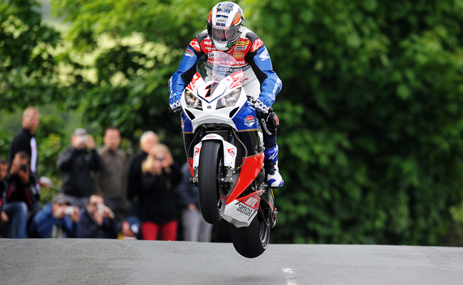 John McGuinness Superbikes Tourist Trophy 2012
