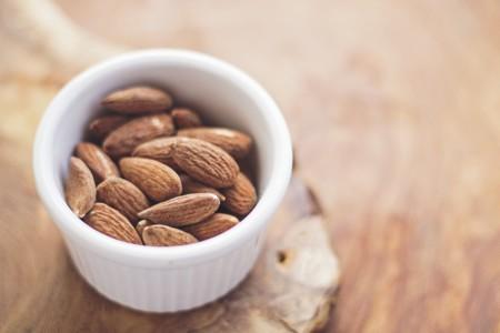 Almonds 768699 1280