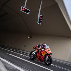 Foto 5 de 19 de la galería miguel-oliveira-en-el-tunel-gleinalm en Motorpasion Moto