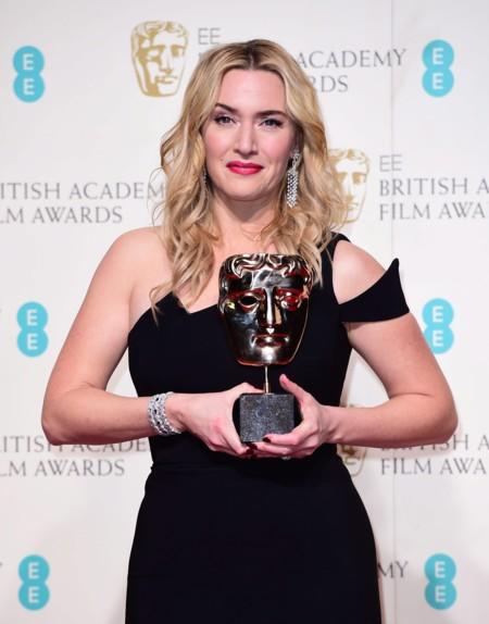 """""""Seguid creyendo en vosotras mismas"""", el mensaje de Kate Winslet en los BAFTA que nos ha emocionado"""