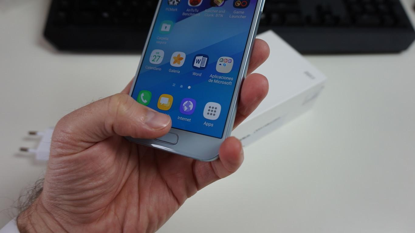 Cómo usar tu móvil Android aunque los botones físicos no funcionen