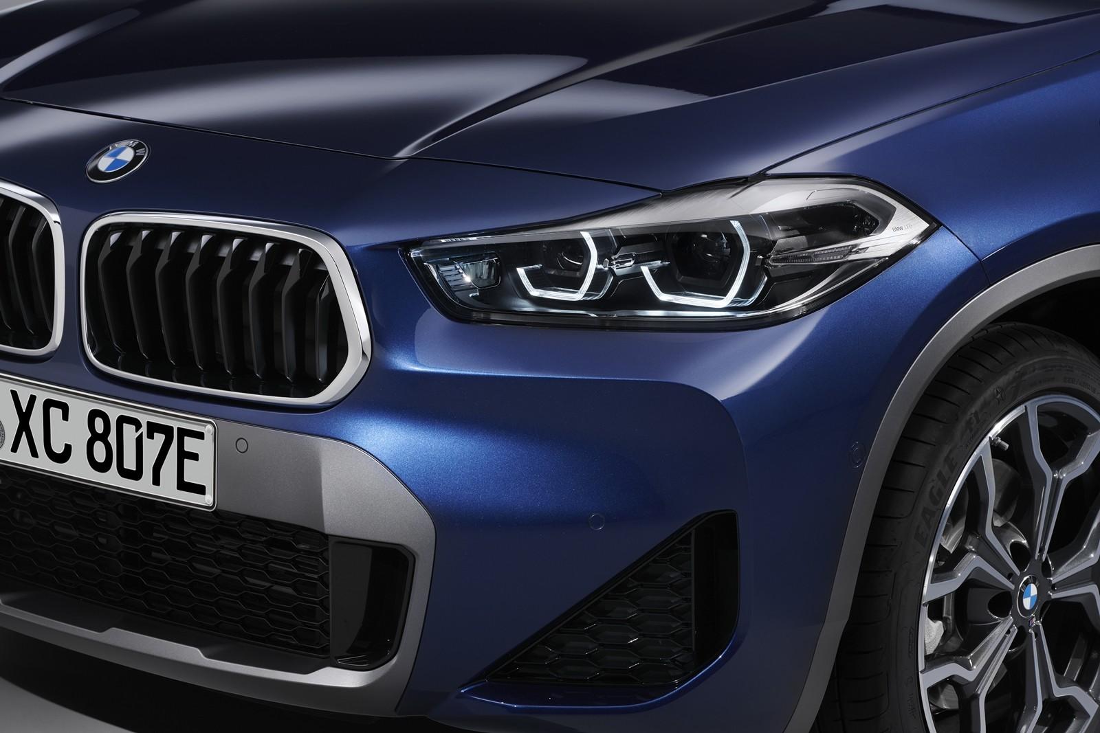 Foto de BMW X2 xDrive25e 2021 (46/53)