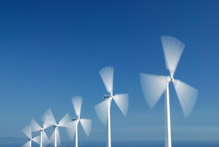 DeepMind recurre al machine learning para mejorar la eficiencia de los parques eólicos y optimizar la gestión de energía limpia
